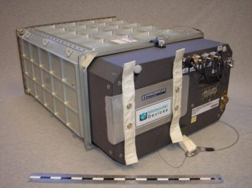 NanoRacks-Microgravity-Plate-reader-2-for-ISS-555x415.jpg